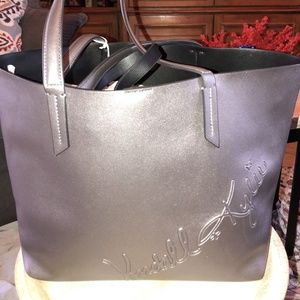 Kendall and Kylie Metallic Silver Tote W Pouch
